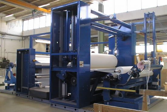 Winder for airlaid nonwovens